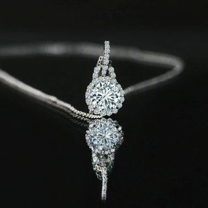 1.4 Carats Round Halo Diamond Necklace Pendant 14K